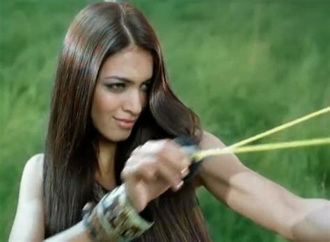 Model Commercial Garnier | images of model from garnier fructis dry shoo ad