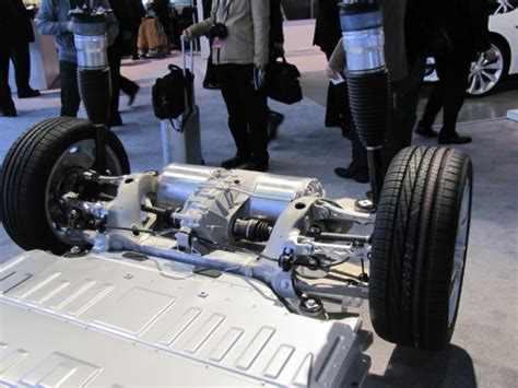 chassis  rear suspension  tesla   naias
