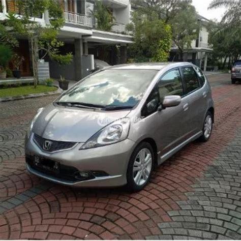 Tv Mobil Murah Yogyakarta mobil honda jazz rs matic silverston second tahun 2009 mulus harga murah jogja dijual