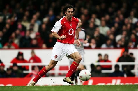 arsenal premier league titles robert pires believes southton midfielder has the skill