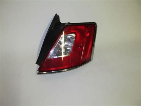 2010 ford taurus aftermarket tail lights find 2010 2011 2012 ford taurus oem right tail light nice