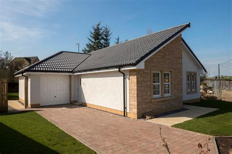 2 bedroom houses for sale in glasgow 2 bedroom bungalow for sale in old lindsaybeg road