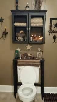 Country Bathroom Decorating Ideas by 16 Best Country Bathroom Decor Images On Pinterest