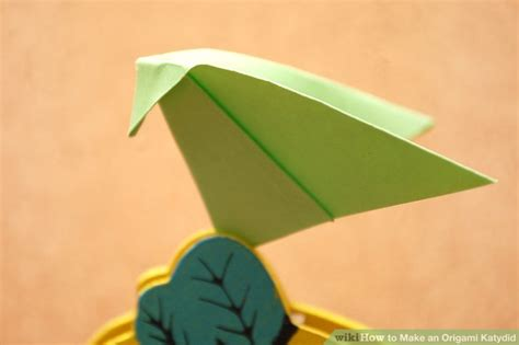 introduction to origami how to make an origami katydid 7 steps with pictures