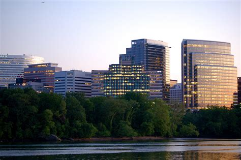 Arlington Va Search Rosslyn Va Guide Search Homes In Arlington Va