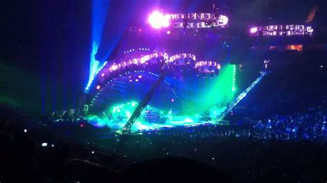 Epic Light Show At Trans Siberian Orchestra Concert Youtube Lights Trans Siberian Orchestra
