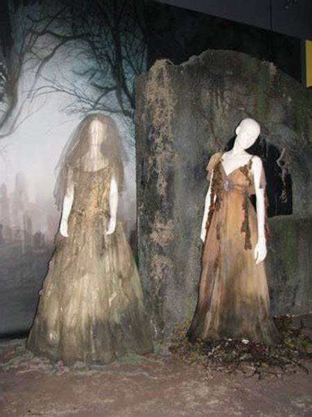 cool scary halloween costume ideas  girls women
