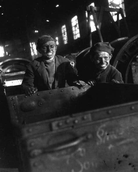 robert doisneau 1912 1994 quot mines de lens en 1945 quot du photographe robert doisneau