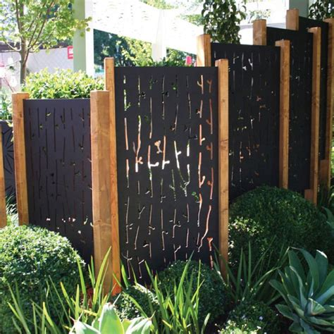 backyard screen ideas 25 best ideas about outdoor privacy on
