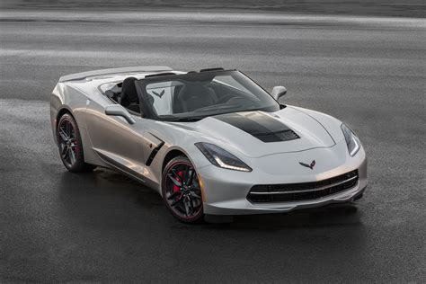 corvette stingray 2016 corvette stingray brings small yet effective updates
