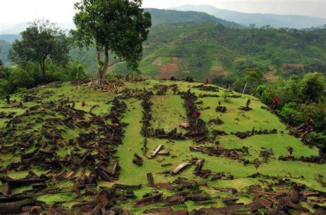 situs gunung padang wikip 233 dia