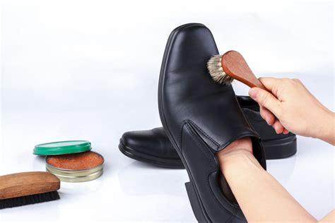 Semir Sepatu Bahan Alami ini dia cara merawat sepatu kulit yang tepat mudah dan