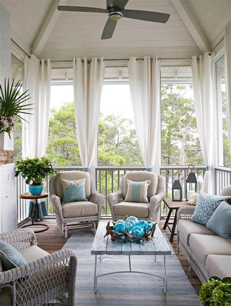 Outdoor Decor: 13 Amazing Curtain Ideas for Porch and