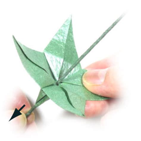 Flower Stem Origami - how to make an origami wire stem page 4
