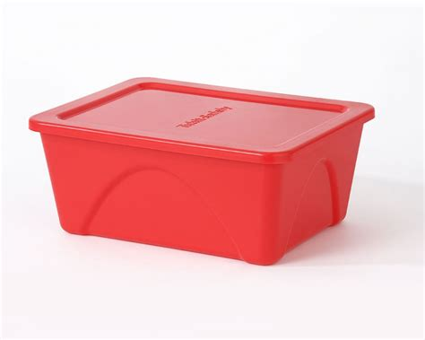 pink food storage containers 6 white food containers 2 4 ltr dairy storage tubs