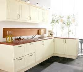 Wren Kitchen Design beautiful ivory shaker style kitchens
