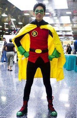 batman robin damian wayne costume  steps