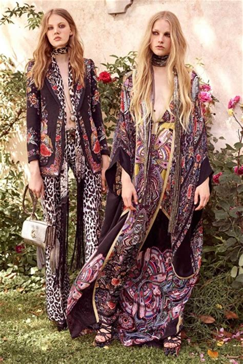 Take A Peek At Roberto Cavalli At Work On His Collection For Hm Set To Hit Stores Not Literally In November by Sfilata Roberto Cavalli Pre Collezioni Primavera