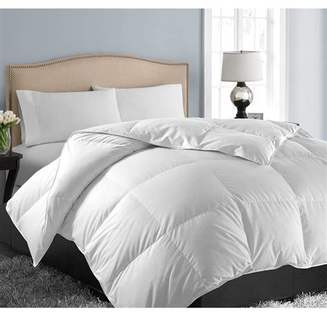 Fluffy Down Alternative Hypoallergenic Ultra Soft Duvet