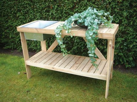 Woodworking Plans Garden Table