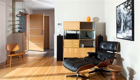 Plywood Lounge Chair Design Ideas The Eames Lounge Chair Iconic Comfortable And Versatile