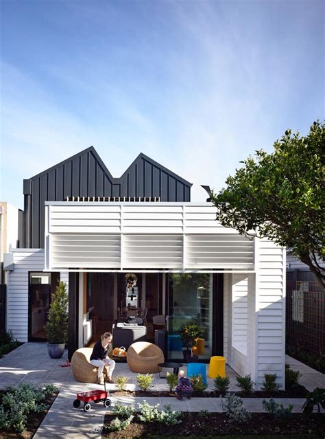 sandringham house fronted weatherboard converted