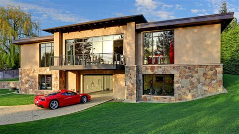 really nice houses this 4 million garage comes with a very nice house