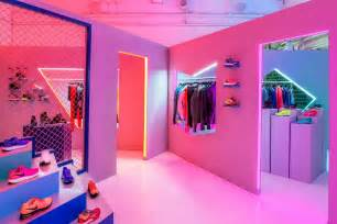Pop Up Cer Interior Ideas by Nike Pop Up Store By Robert Storey Studio