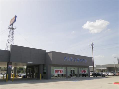 Tommie Vaughn Ford Houston by Tommie Vaughn Ford Car Dealership In Houston Tx 77008