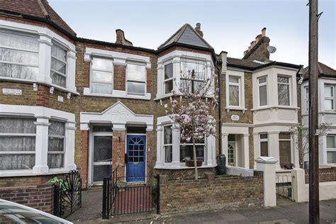 two bedroom house in london portico 4 bedroom house recently sold in acton meon