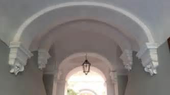 decorare soffitto decorare un soffitto a volta la scelta giusta 232 variata