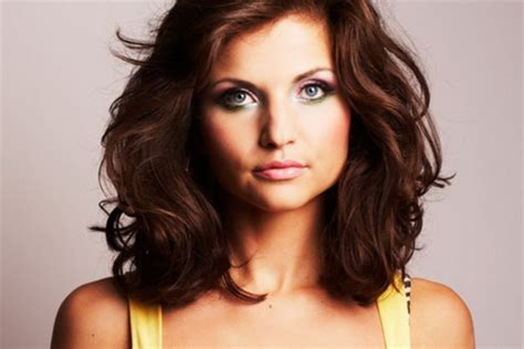 medium length hairstyles for heavy set hairstyles for heavy women