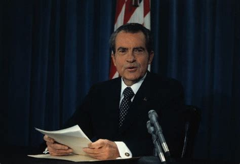 richard nixon and watergate the of the president and the that brought him books president richard nixon second primetime address on