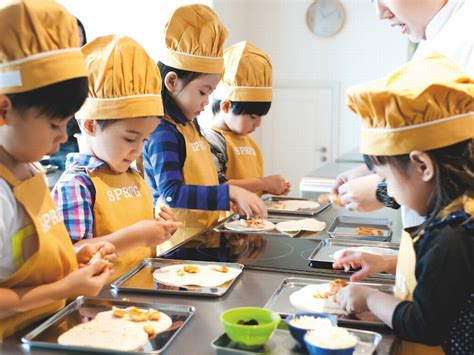new year baking class ways to keep your child entertained during this year end