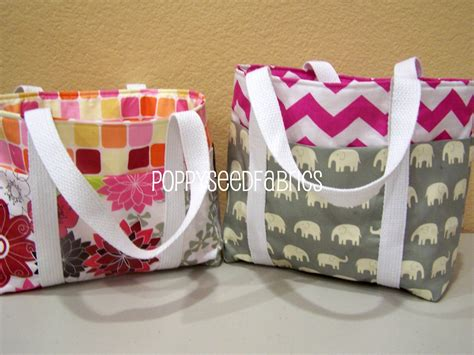easy tote bag pattern with pockets poppyseed fabrics super easy tote bag tutorial updated