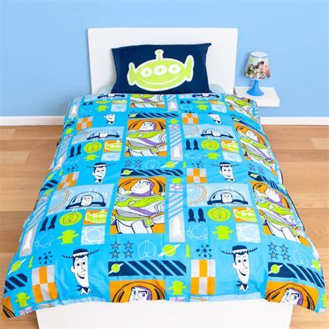 Housse De Couette Toys Story by Housse De Couette Story 140 X 200 Cm Parure De Lit