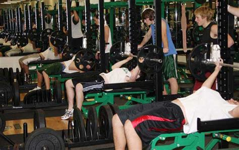 high school bench press the right approach to in season weightlifting for high