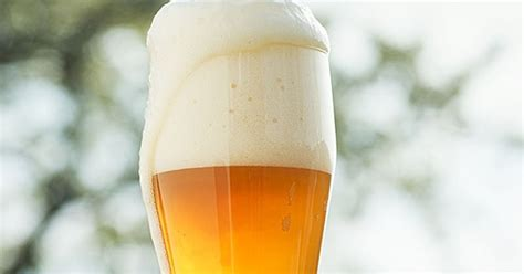 german hefeweizen 5 easy homebrew recipes guaranteed to