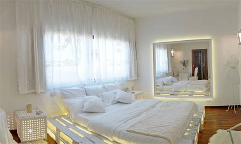 hotel con vasca idromassaggio napoli suite con vasca idromassaggio camere a tema con