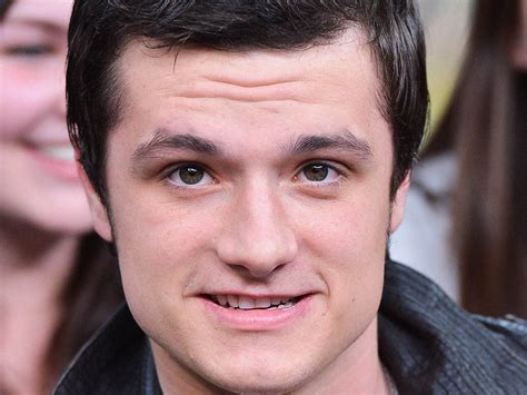 josh hutcherson eye color josh hutcherson wallpaper 2560x1920 63284