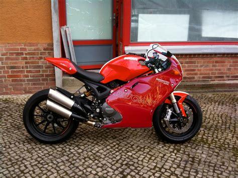 Ducati Monster 1100 Evo Aufkleber by Rennstreckenmoped Vauzweirad