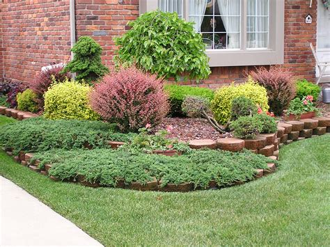 Small Front Yard Landscaping House Design With Various Front Lawn Garden Ideas