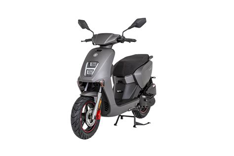 mondial tab   model scooter maxi scooter motor
