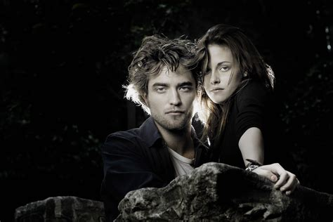 twilight couple hd wallpaper a lionsgate executive says the studio is open to making