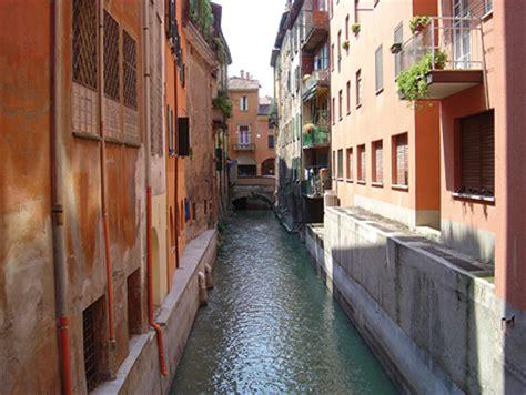 libreria delle moline bologna the waterways of bologna
