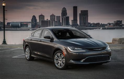 2015 chrysler 200 gets more luxurious and grows up the