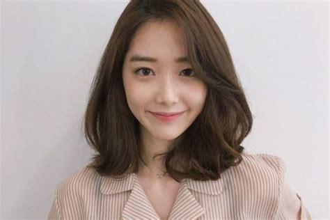 model rambut pendek wanita korea  tren