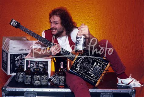 mark anthony jack daniels bass michael anthony of van halen new york 1984
