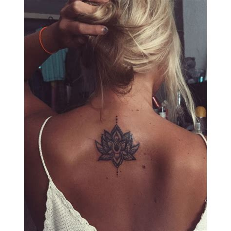 28 the 25 best small 28 best 25 small back tattoos tattoos on