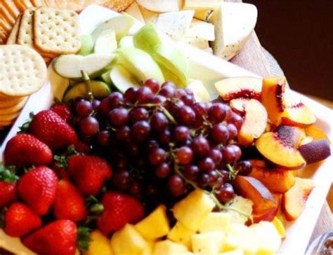 easy christmas appetizers finger foods cheese and fruit plate what s cookin good lookin